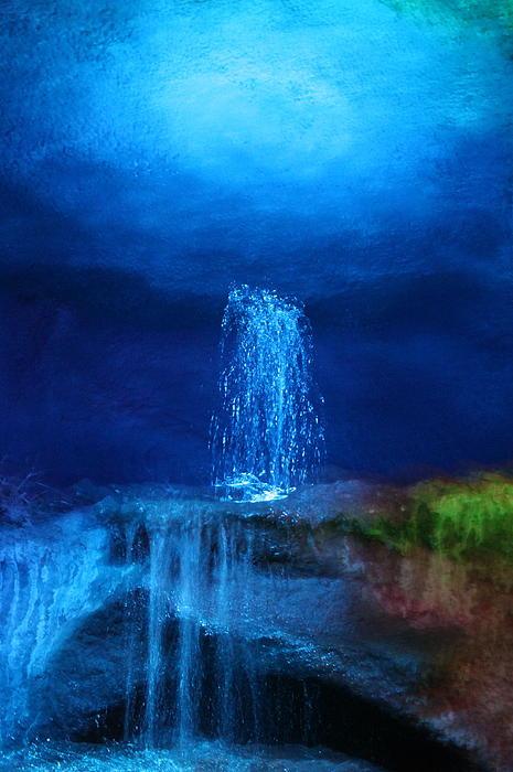 Helen Fern - Water Dance