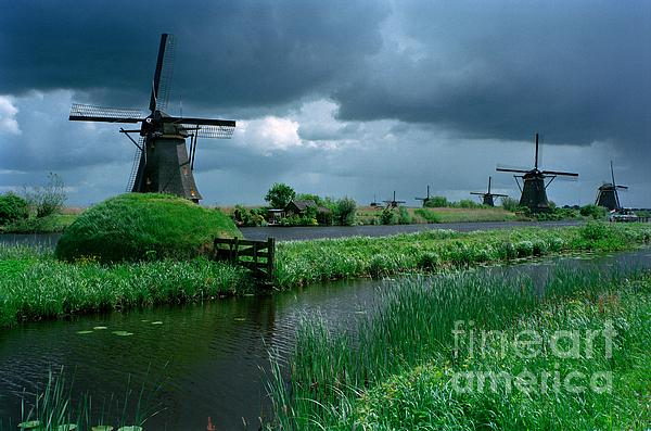 Serge Fourletoff - Windmills of Kinderdijk