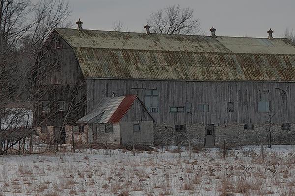 Chris Holmes - Winter barn