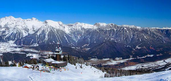 Elizabeth Giupponi - Winter Panoramic Scenery