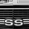 1970 Chevrolet Chevelle Ss 454 Grille Emblem by Jill Reger