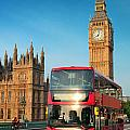 Bus In London by Songquan Deng