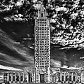 Capitol Building Of Louisiana by Mountain Dreams