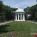 District Of Columbia War Memorial by Carol Ailles