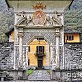 Entrance by Mats Silvan
