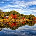 Fall In New England by Bennie Thornton