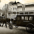 Grand Hotel Taxi by Scott Hovind