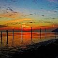 Haverstraw Bay Sunrise by Thomas  McGuire