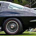 Classic Corvette by Dean Ferreira
