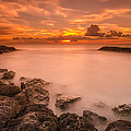 Honolulu Sunset by Tin Lung Chao
