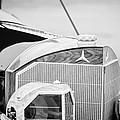 Mercedes-benz Grille by Jill Reger
