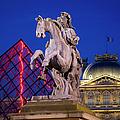 Musee Du Louvre Statue by Brian Jannsen