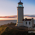 North Head Lighthouse  by Robert Bales