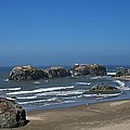 Oregon Beach And Rocks by Tom Janca