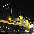 Queen Mary - 12122 by DC Photographer