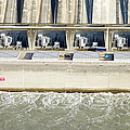Robert Moses Niagara Hydroelectric Power Station by Valentino Visentini