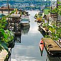 Seattle Houseboats by J Havnen
