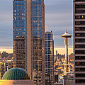 Seattle Space Needle Golden Sunset Light by Mike Reid