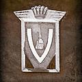 Vignale Emblem by Jill Reger