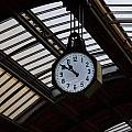10 To 11.  Milan Railwaystation by Jouko Lehto