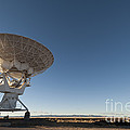 Antenna At Very Large Array by John Shaw