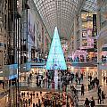 Christmas Shopping In Toronto by Valentino Visentini