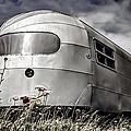Classic Airstream Caravan by Ian Hufton