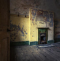 Empty Room by Svetlana Sewell