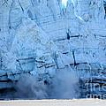 Glacier Collapse by Sophie Vigneault