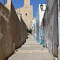 Khalaf Al-fata Lighthouse by Paul Fell