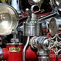 Old Fire Truck by Henrik Lehnerer