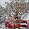 Red Vermont Barn by Jeff Folger