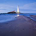Saint Mary's Lighthouse At Whitley Bay by Ian Middleton