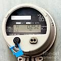 Smart Grid Residential Digital Power Supply Meter by Stephan Pietzko