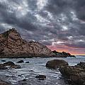 Sugarloaf Rock - Western Australia by Daniel Carr