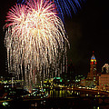21l106 Red White And Boom Fireworks Photo by Ohio Stock Photography
