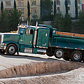 Construction Truck by Gunter Nezhoda