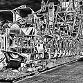 excavator in Ferropolis by Thomas Schreiter