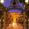 Twilight At Arc De Triomphe by Brian Jannsen