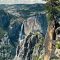 Yosemite National Park by Songquan Deng