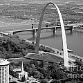 Gateway Arch Saint Louis Mo by Bill Cobb