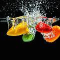 Splashing Paprika by Peter Lakomy