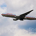 777 American Airlines by Rene Triay Photography