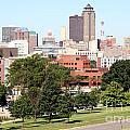 Des Moines Iowa by Bill Cobb