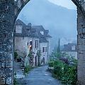 Saint Cirq-lapopie by Brian Jannsen
