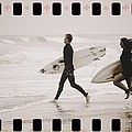 A Good Day To Surf by Alice Gipson