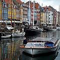 A Tour Boat At Nyhavn by Richard Rosenshein