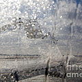 Airliner Deicing by Jim West