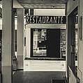 Albufeira Street Series - Restaurante by Marco Oliveira