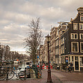 Amsterdam In A Nutshell by Tino Lopes